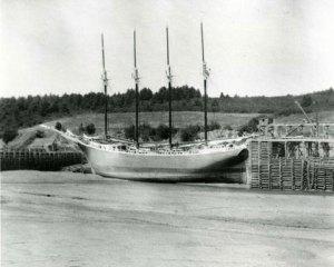 4-masted-schooner-c1900